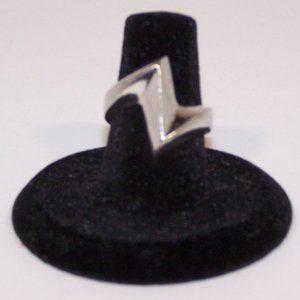 Vintage Size 6.5 silvertone ring